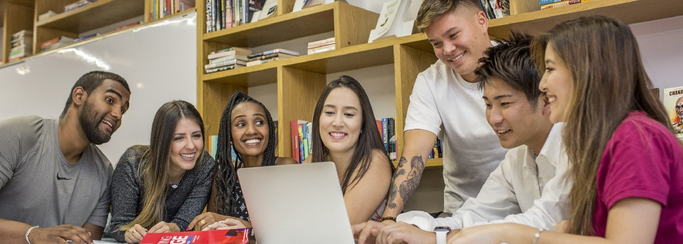 students studying english language in dubai